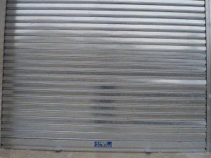 ¿Persiana o puerta para garaje?